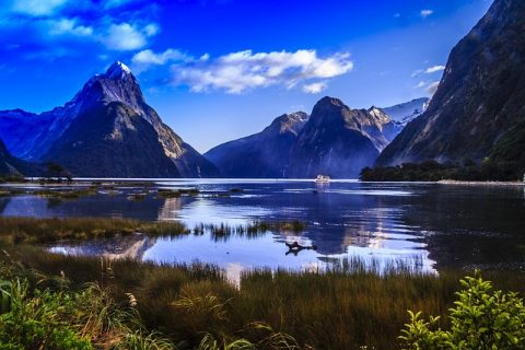 Top 5 places to visit to New Zealand